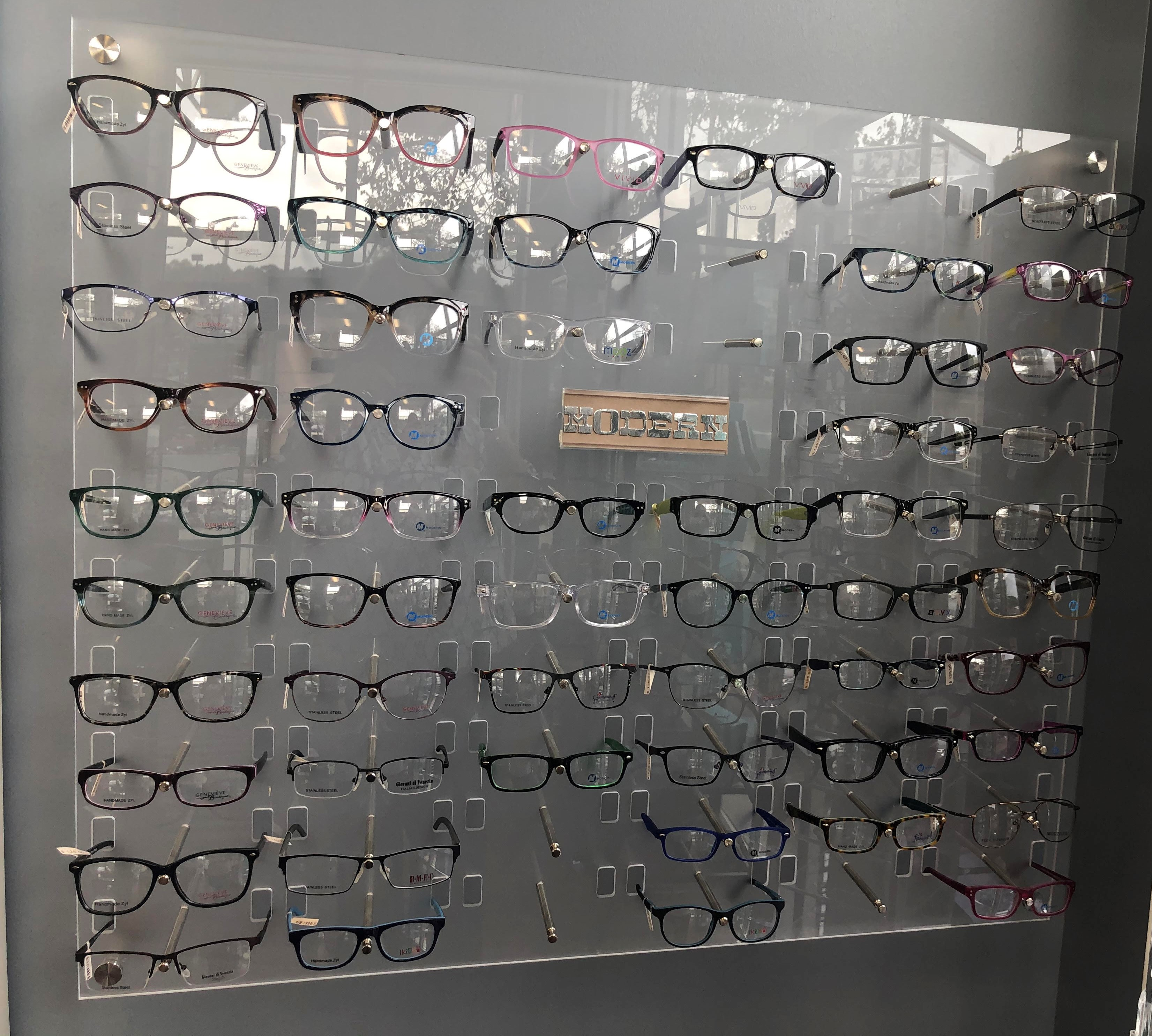 Eyes on Towne Lake Glasses Display